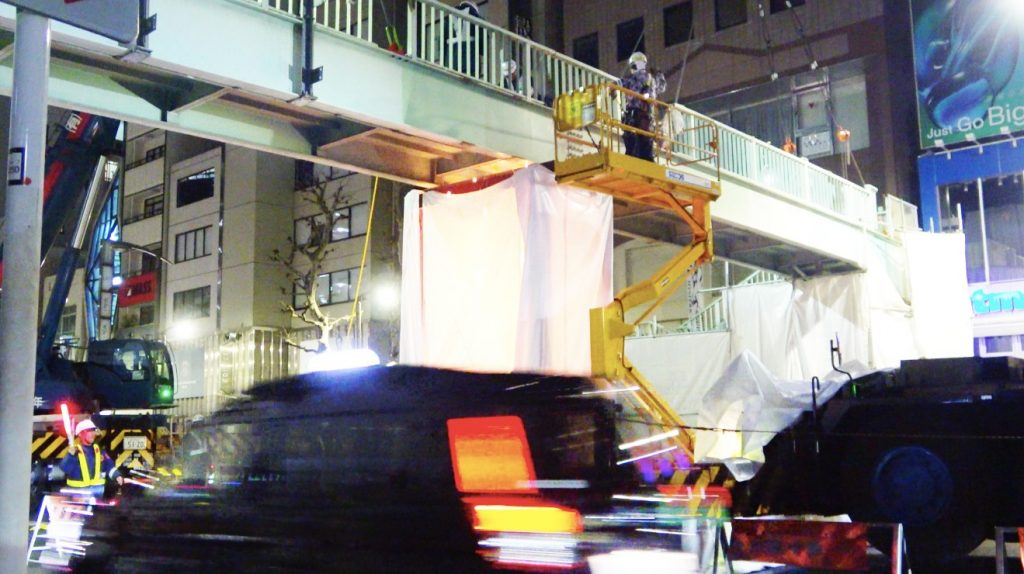 歩道橋撤去 100tラフタークレーン 120tオールテレーンクレーン